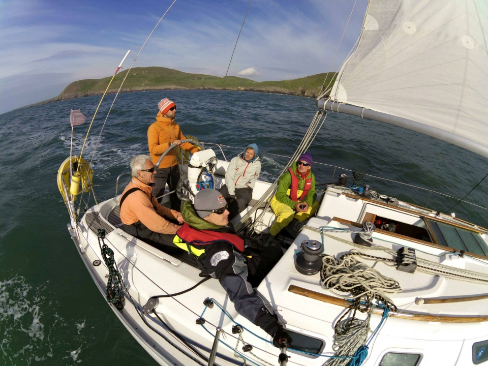 Preparations for 3 Peaks Yacht Race